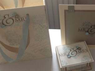 Set of 3 - card, gift box and gift bag all matching, thanks Amanda Bates Thecraftspa for your inspiration