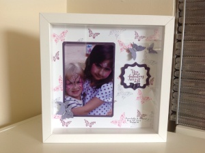 "The overall frame size is 10""x10"" or 25cmx25cm."
